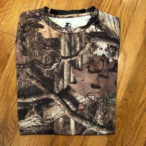 NEW Camouflage short sleeve top